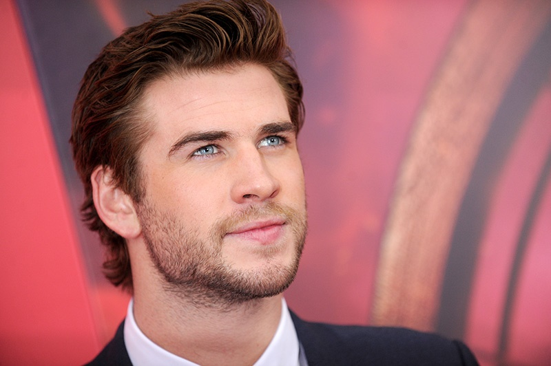 "Photo by: Dennis Van Tine/starmaxinc.com ©2013 ALL RIGHTS RESERVED Telephone/Fax: (212) 995-1196 11/20/13 Liam Hemsworth at the premiere of ""Hunger Games: Catching Fire"". (NYC)"